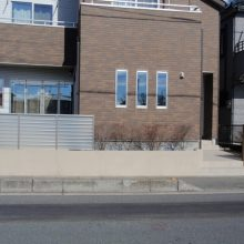 目隠しフェンスはシンプルに NO.15の施工写真2