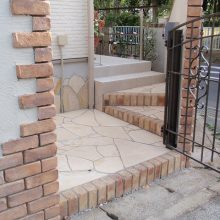 レンガのアーチが美しい門塀 NO.106の施工写真1