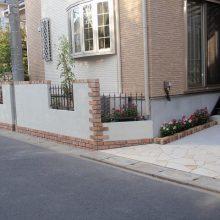 レンガのアーチが美しい門塀 NO.106の施工写真2