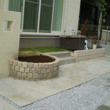 門塀のタイルと石貼りのアプローチのマッチング NO.156の施工写真2