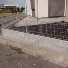 駐車場は水はけの良いアスファルトで NO.159の施工写真1