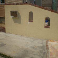 欧風アプローチと門塀でオシャレな空間に NO.274の施工写真1