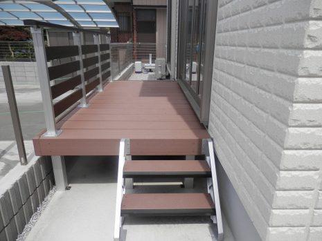 カーポートと物置とウッドデッキのカラーを同系色に NO.294の施工後写真3