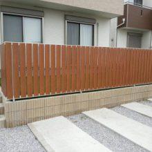 人工芝と目隠しフェンスでくつろげる空間を NO.343の施工写真3