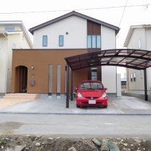 スタンプコンクリートのアプローチでアクセント NO.400の施工写真1