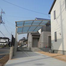 角地の外構 個性的な門柱 NO.410の施工写真1