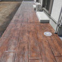 木調スタンプコンクリートの存在感 NO.424の施工写真1