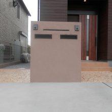 スタンプコンクリートとブラウンの門扉 NO.433の施工写真1