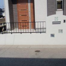 シンプルな真っ白の塀 NO.85の施工写真メイン