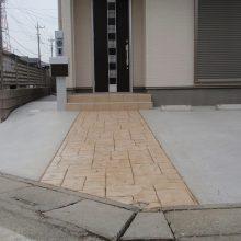 スタンプコンクリートのアプローチ NO.88の施工写真