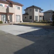 土間とスタンプコンクリートで通路を確保 NO.522の施工写真1