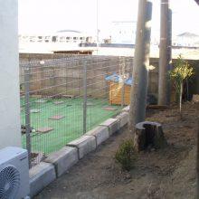 ドックラン用に塀を設置 NO.545の施工写真3