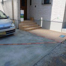洗い出しアプローチと駐車場工事 NO.559の施工写真0