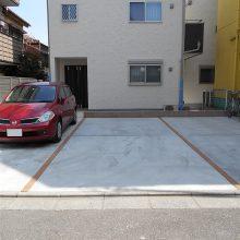 二世帯の機能門柱と駐車場工事 NO.572の施工写真0