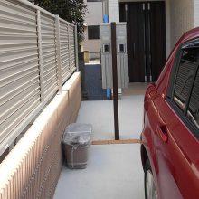 二世帯の機能門柱と駐車場工事 NO.572の施工写真