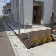 駐車場工事と塀の設置 NO.584の施工写真2