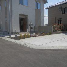 駐車場工事と塀の設置 NO.584の施工写真1