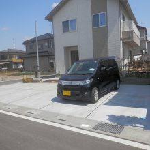 駐車場工事と塀の設置 NO.584の施工写真0