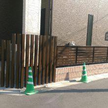 木目で統一のフェンス工事 NO.625の施工写真メイン