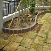 ブロックで曲線の花壇を作成 NO.622の施工写真