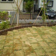 ブロックで曲線の花壇を作成 NO.622の施工写真1