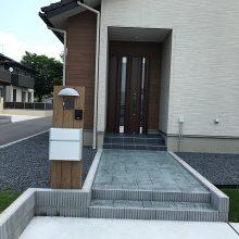 駐車場と物置を設置 NO.654の施工写真