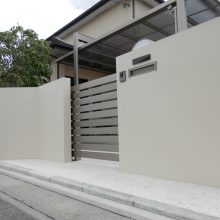 白い門塀がポイント NO.660の施工写真