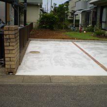 庭石などと取り除き駐車場に NO.664の施工写真0