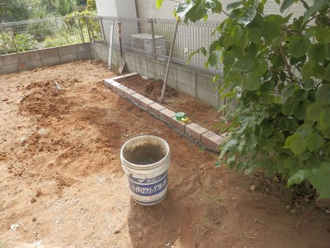 雑草対策ですっきり NO.701の施工前写真1
