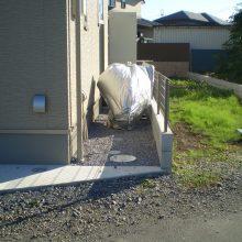 雑草対策とフェンス取付け NO.705の施工写真1