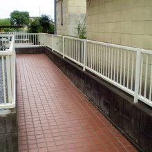 リフォームでフェンス取付け NO.703の施工写真1