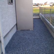 カラー砂利で防草対策 NO.751の施工写真1