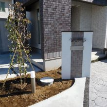 人工芝とウッドデッキの相性 NO.786の施工写真