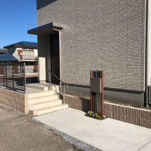 木目調の機能門柱 NO.792の施工写真メイン