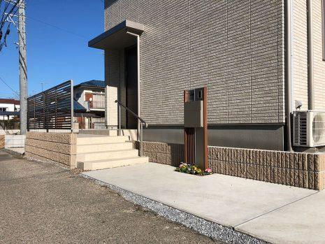 木目調の機能門柱 NO.792の施工前写真1