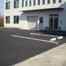 駐車場をアスファルトで NO.796の施工写真