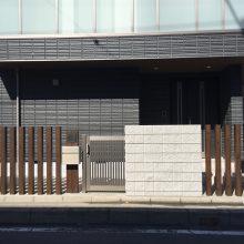 機能門柱は汎用部材に合わせて NO.821の施工写真メイン