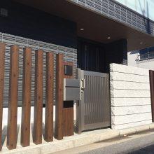 機能門柱は汎用部材に合わせて NO.821の施工写真1