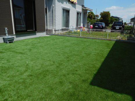 芝と砂利で雑草対策 NO.885の施工後写真1