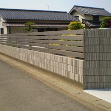 植栽からフェンスへ NO.890の施工写真1