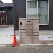 宅配BOX付き門柱 NO.905の施工写真2