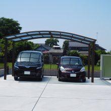 大きな駐車場の先に NO.896の施工写真