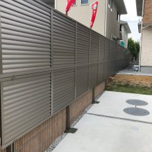 境界に目隠しフェンス NO.895の施工写真1