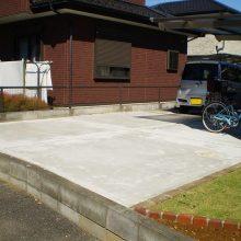 芝生と花壇レンガ NO.990の施工写真2