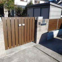 木目調の門扉とフェンス NO.1030の施工写真