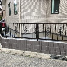 建物と合わせた門柱 NO.1077の施工写真2