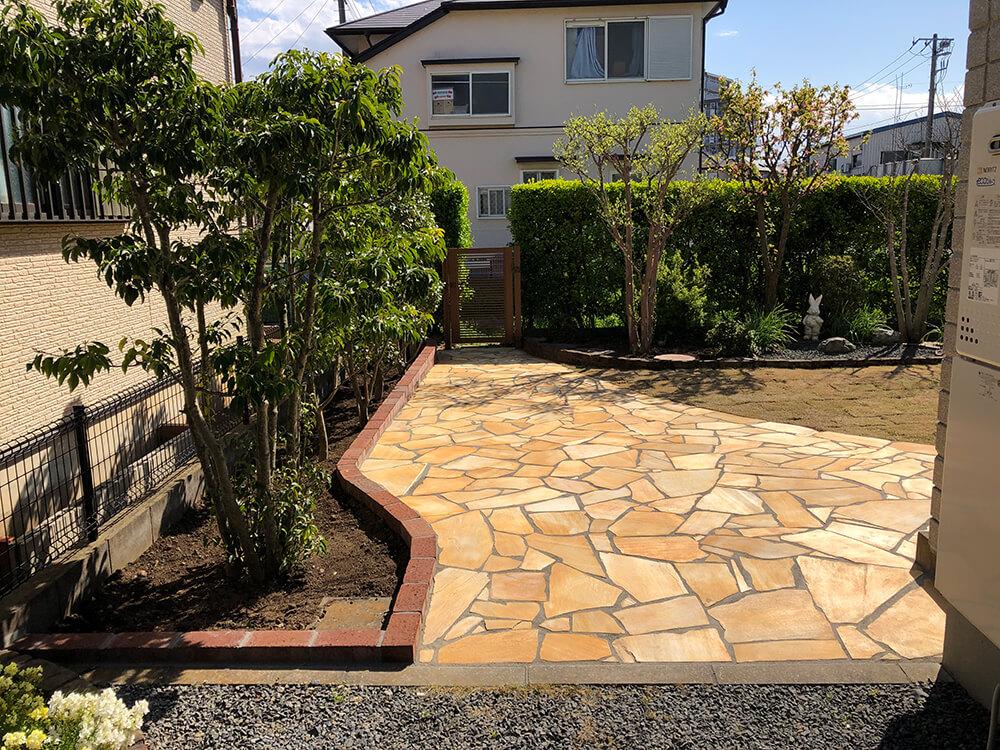 お庭を石貼りでリフォーム NO.1093
