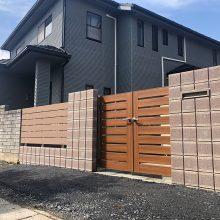 門扉とフェンスでクローズ外構 NO.1145の施工写真