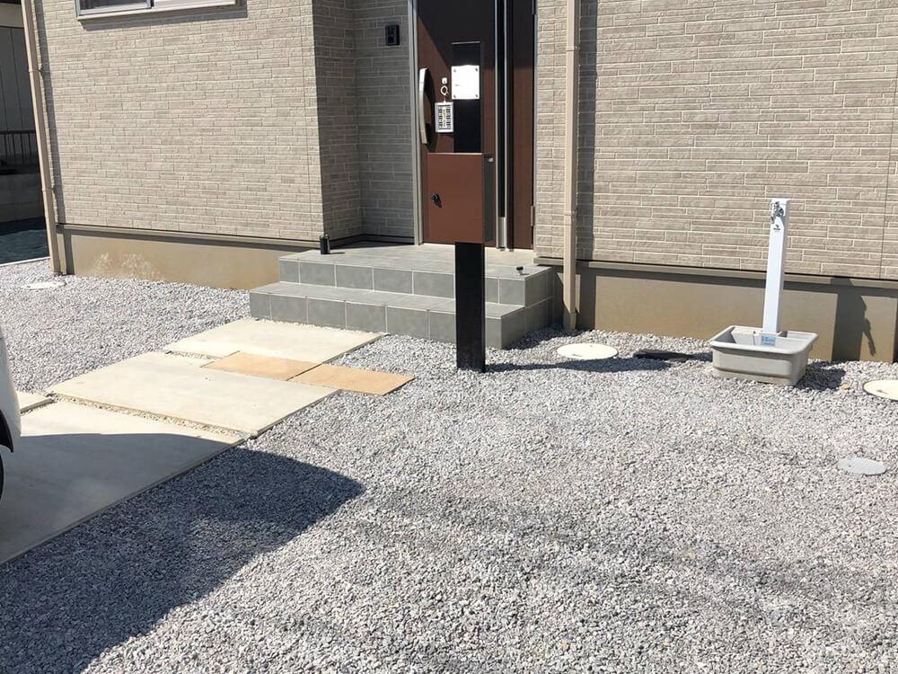 ブロック積みと雑草対策工事 NO.1166