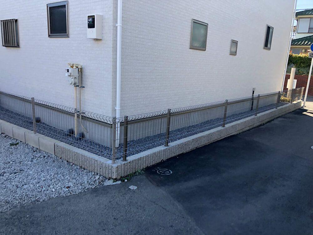 道路境界フェンス NO.1212の施工写真1